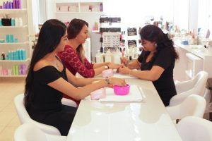 Glamour Secrets Beauty Bar Don-Mills-insdie-3