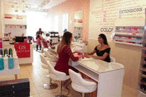 Glamour Secrets Beauty Bar Don-Mills-inside-4