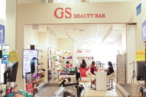 Glamour Secrets Beauty Bar Don-Mills-outside-1